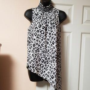 ⬇️ XOXO Leopard Print Sleeveless Top NWOT